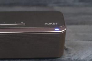 AUKEY Bluetooth Lautsprecher Status LED