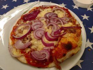 KitchenAid Artisan fertige Pizza