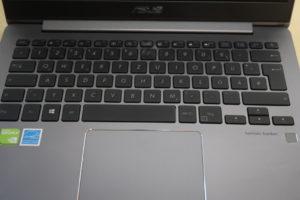 ASUS ZenBook UX331UN Tastatur und Touchpad