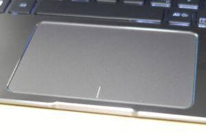 ASUS ZenBook UX331UN Touchpad